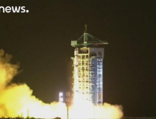 Китай успешно запустил первый «квантовый спутник»