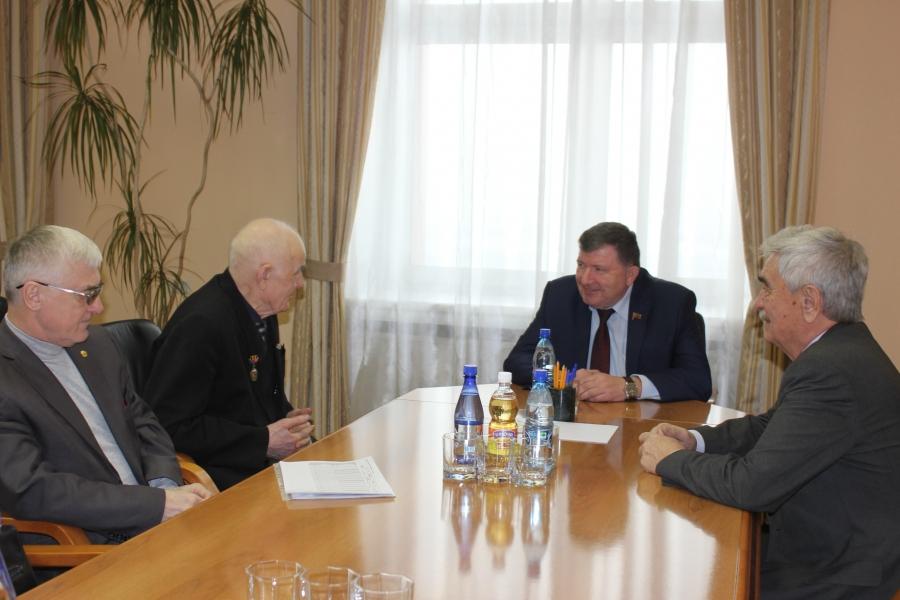 Глава регионального парламента Игорь Лиханов встретился с активом Забайкальской краевой общественной организации ветеранов