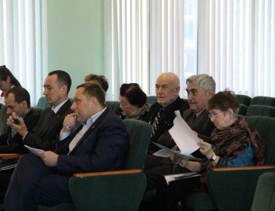 Общественное обсуждение законопроекта, вводящего критерий нуждаемости для ветеранов труда и многодетных семей, прошло в Минсоцзащиты Забайкальского края